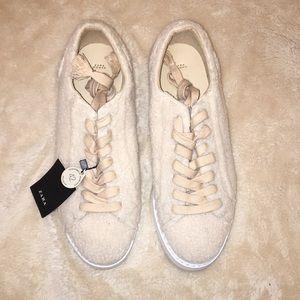 NWT Zara Sneakers